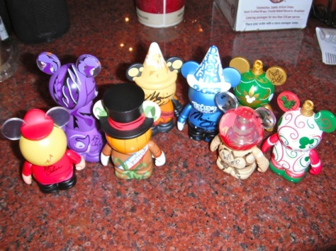 I love my vinylmation collection and it was so fun to meet the artists!