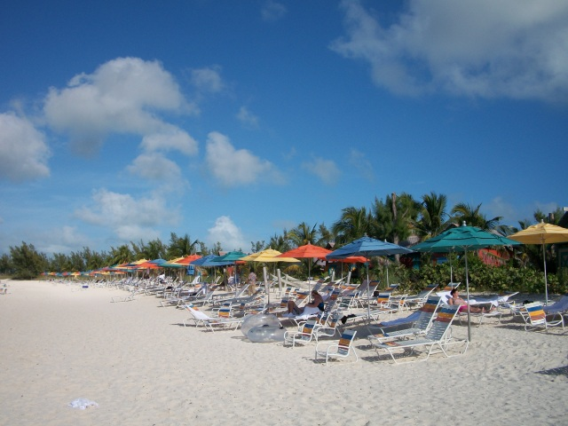 Serenity Bay, the over 18 beach for adults only.  Deserted!  We counted only ten people on the adult beach.