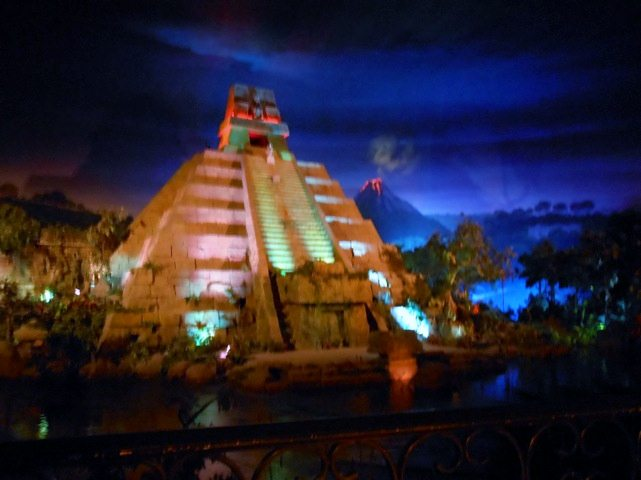 Dining at Epcot Mexico