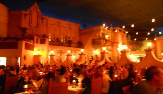 Wonderful dining atmosphere.