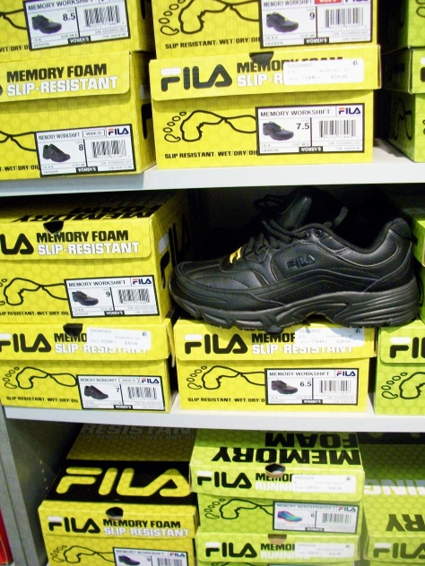 Fila's run ½ size small.  If you normally wear a 7.5, get a 8.0.