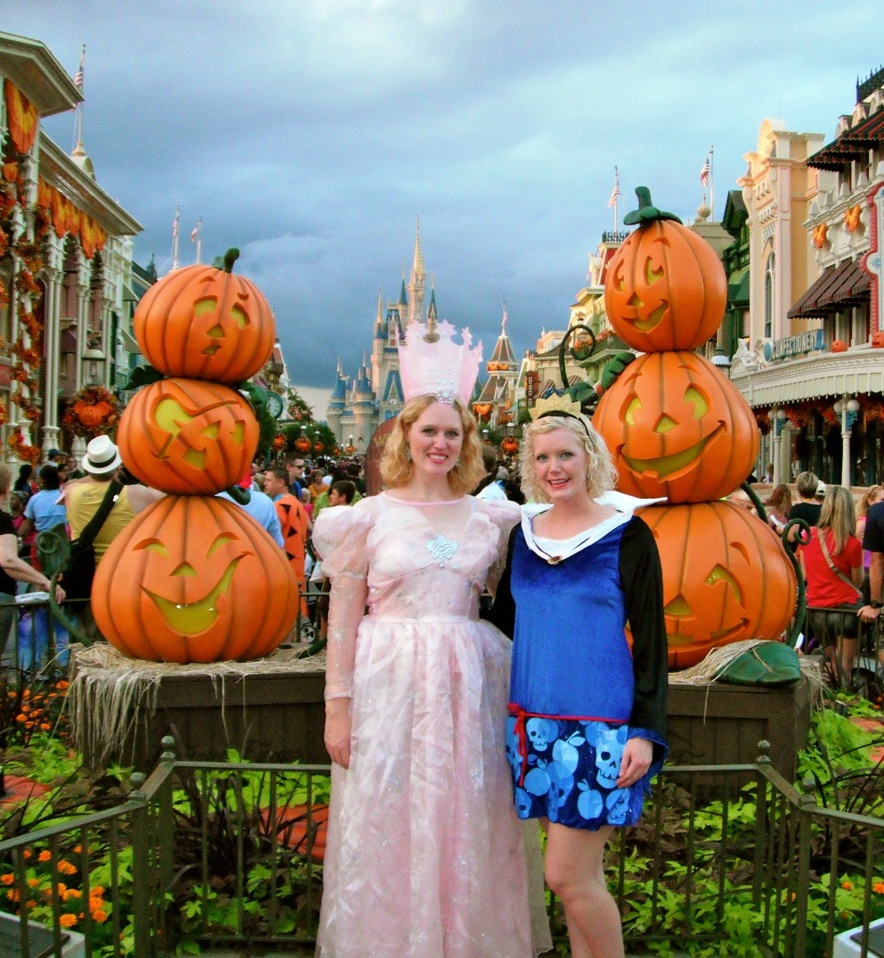 Mickeys Not So Scary Halloween Party | Elly and Caroline's Magical ...