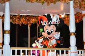 Boo to You parade Mickey