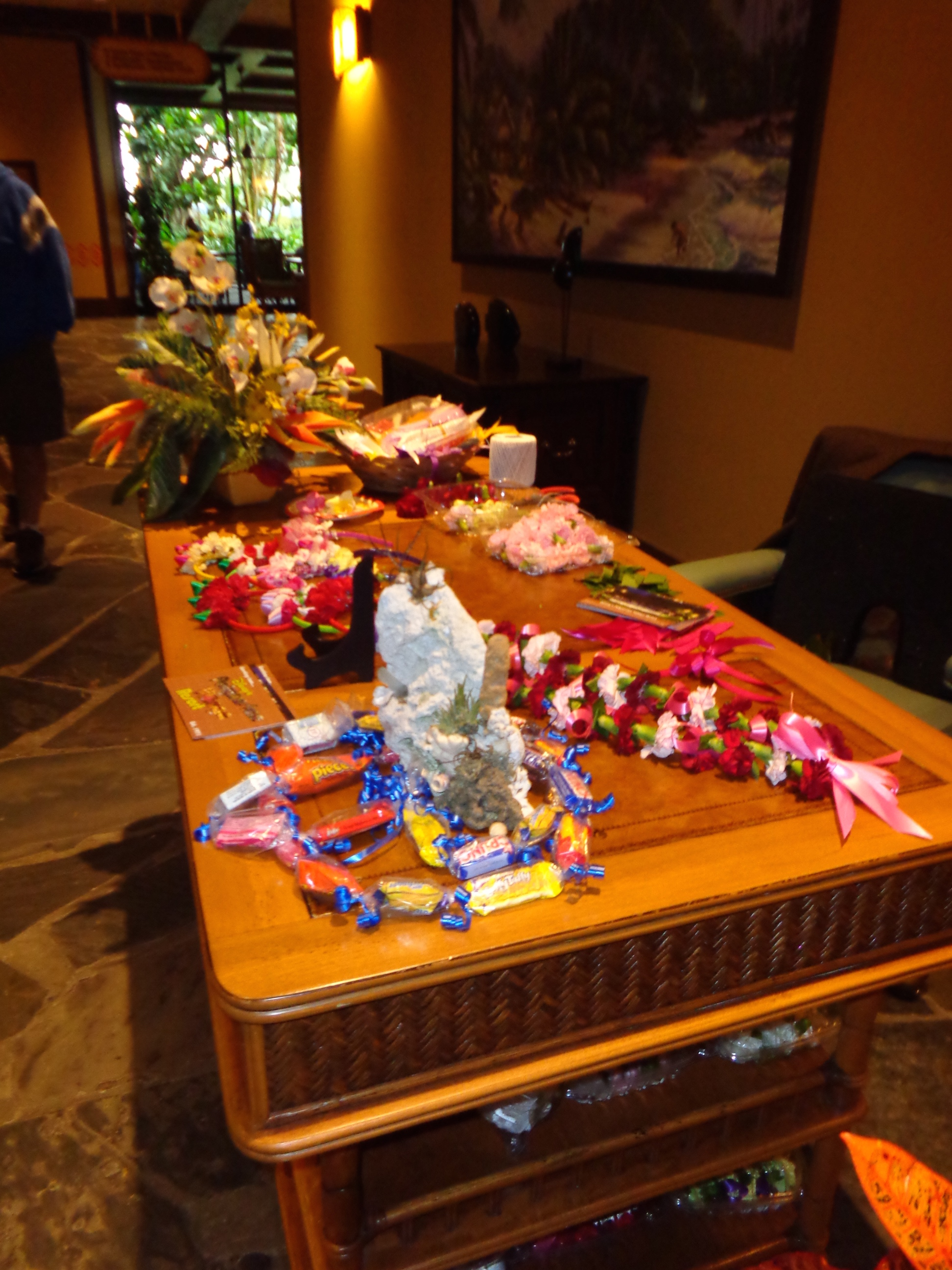 Polynesian resort elly and carolines magical moments her lei making table with beautiful finished leis for sale buycottarizona Gallery