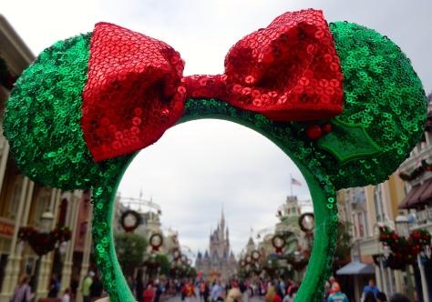 I see Christmas on Main Street USA!