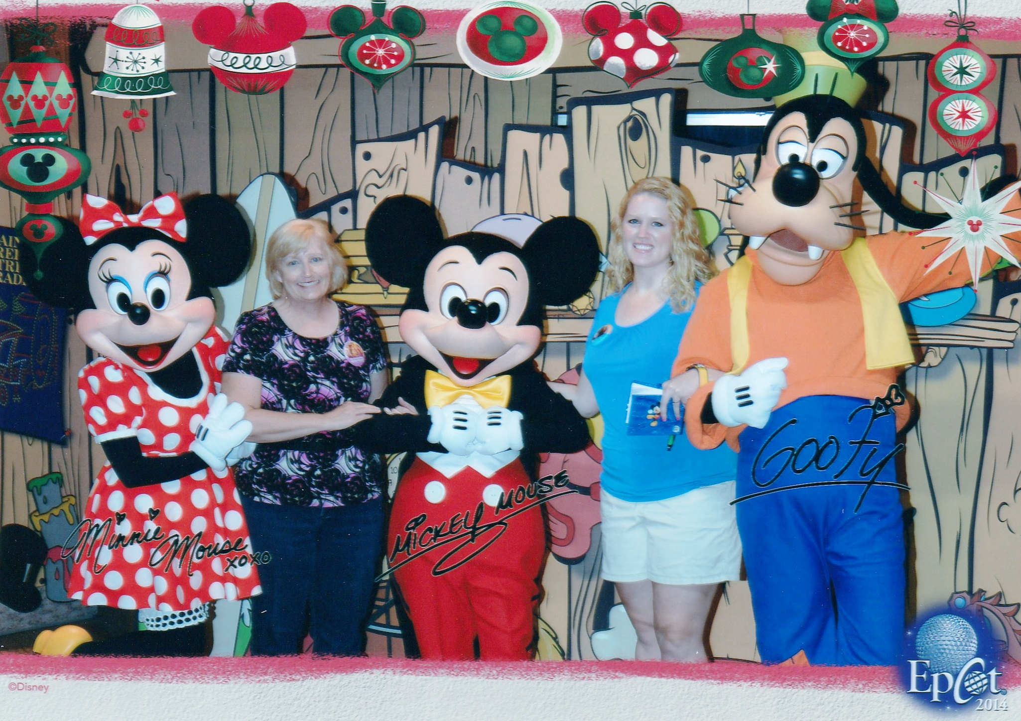 Perks of my new disney visa card elly and carolines magical moments free 57 printed photo from the chase meet greet m4hsunfo Choice Image