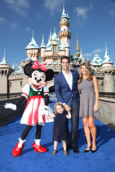 ABC News Senior Meteorologist Rob Marciano from GMA Weekend joins us as host from the Disneyland Resort this year.