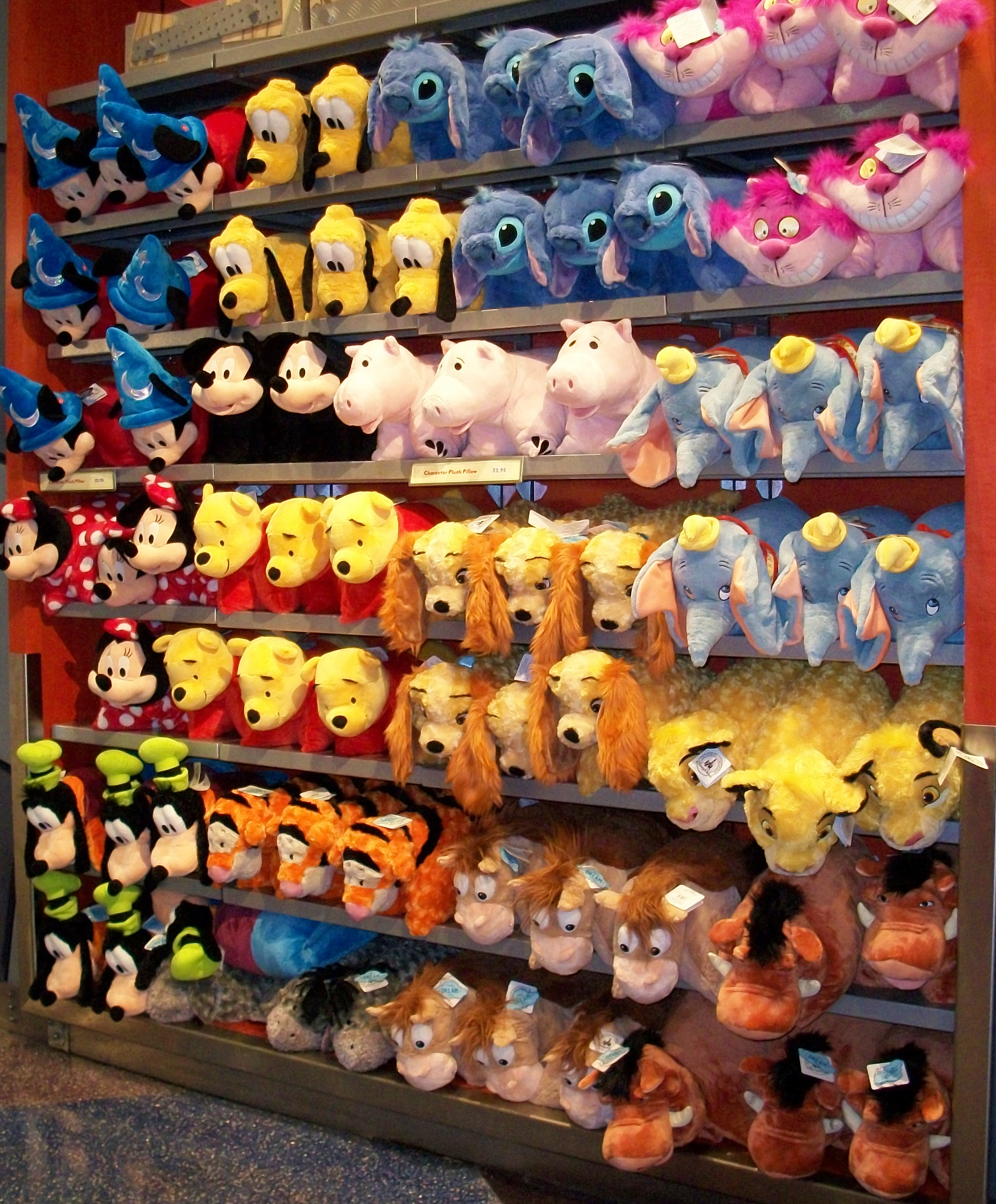 Disney Store Toys : Earport disney store at the orlando airport elly and