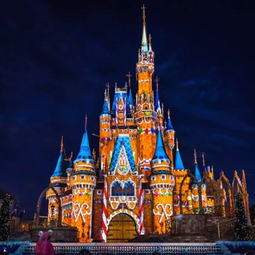 Celebrate the Magic, Christmas version. (Photo credit: WDW Shutterbug)