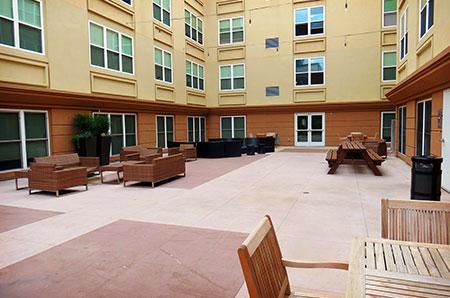 Courtyard, no pool.