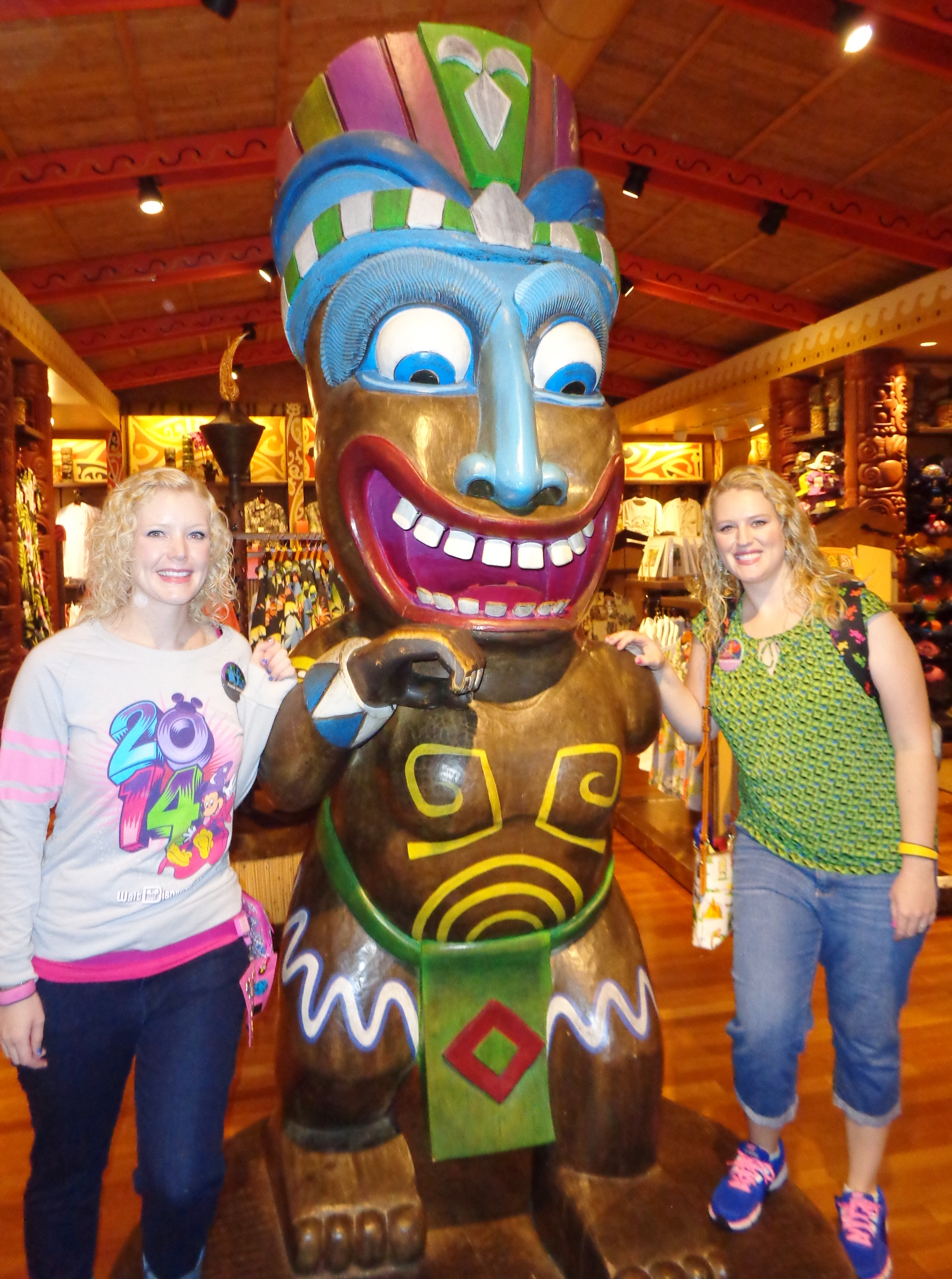 Captain Cook's at the Polynesian Resort | Elly and Caroline's Magical Moments