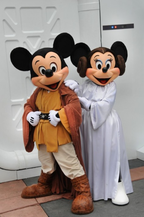 Jedi Mickey saving the galaxy