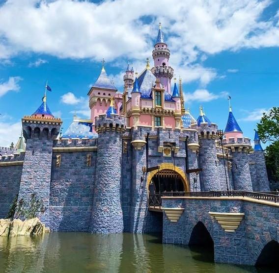 DLR1  Sleeping Beauty Castle