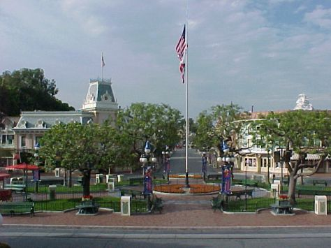 Disneyland: September 11, 2001 11am