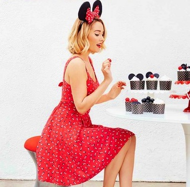 This Minnie Mouse patterned dress was adorable!