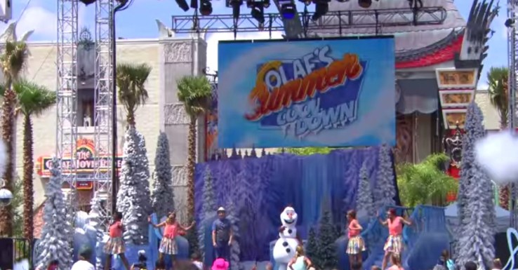 Olaf's Summer Cool Down Coolest Dance Party!