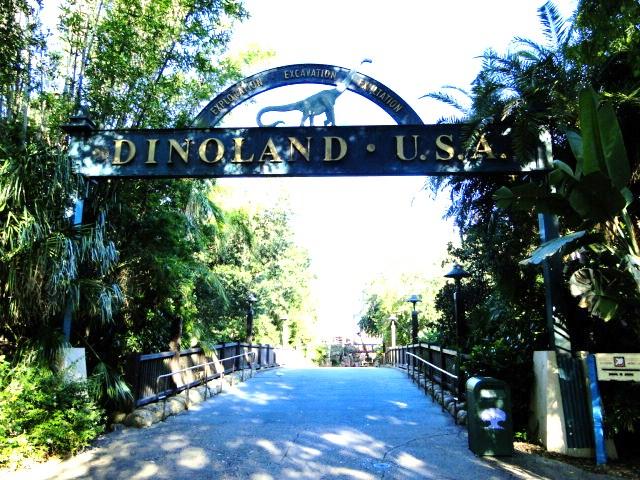 dinoland1 (2)