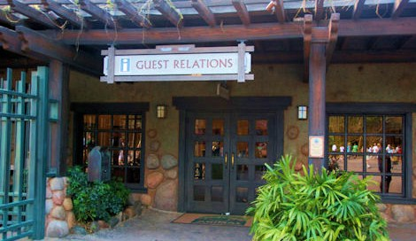Guest Services at DAK.