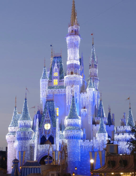 castle_dream_lights_cr