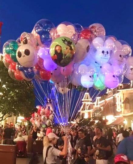 Halloween balloons MK