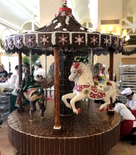2018-Beach-Club-Gingerbread-Carousel