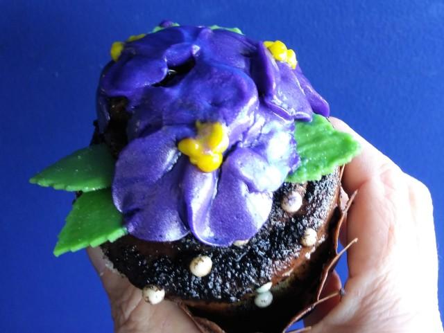 violet cupcake