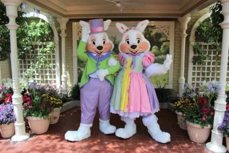 easter-bunny-meet-and-greet-magic-kingdom1