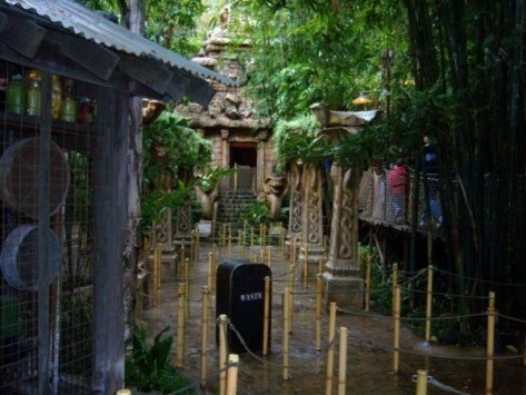 indiana-jones-adventure-ride
