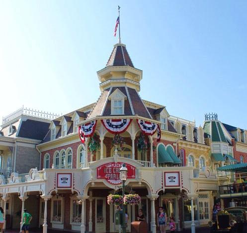 plaza-ice-cream-parlor