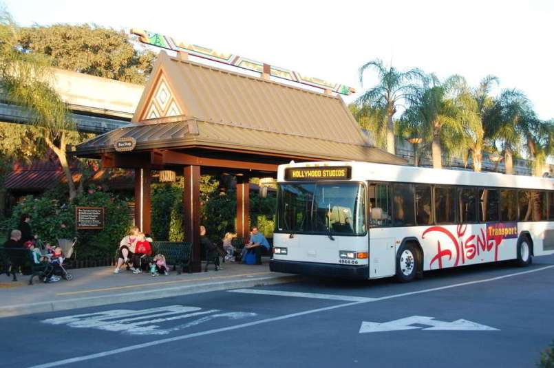 Disneys-Polynesian-Village-Bus-Stop
