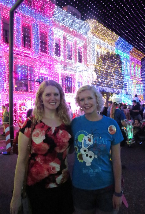 lights1 two Disney sisters DHS