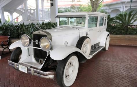 Disney-Grand-Floridian car