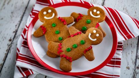 feast-of-holidays-cookie-stroll-gingerbread-men