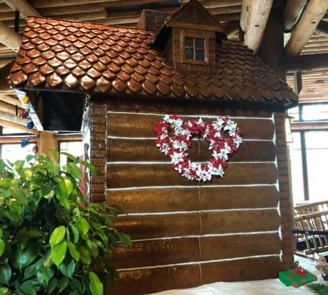 wilderness-lodge-gingerbread-cabin-2019-grand-opening