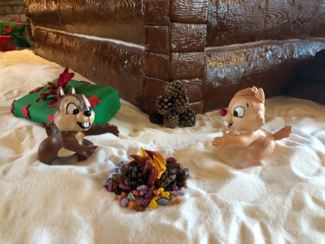 wilderness-lodge-gingerbread-cabin-2019-grand-opening_18