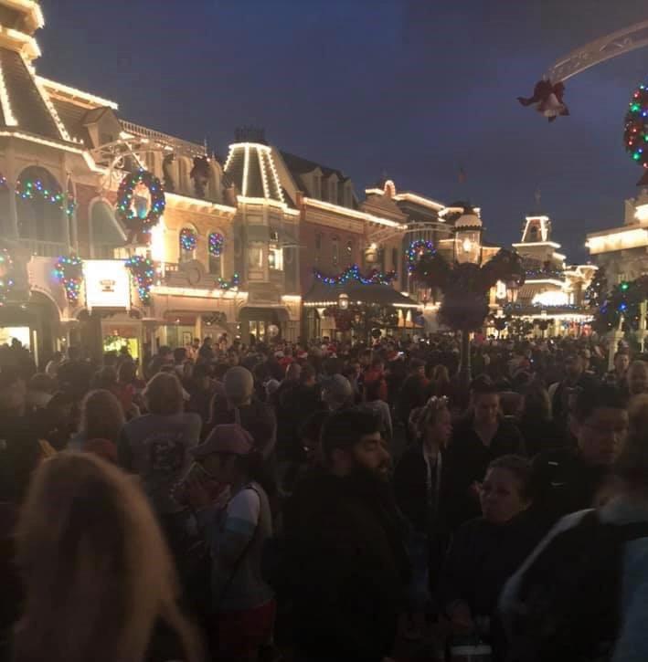 christmas day crowd