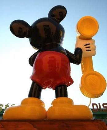 mickey calling