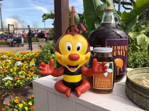 spike-the-bee-sipper-2020-epcot-international-flower-garden-festival-13
