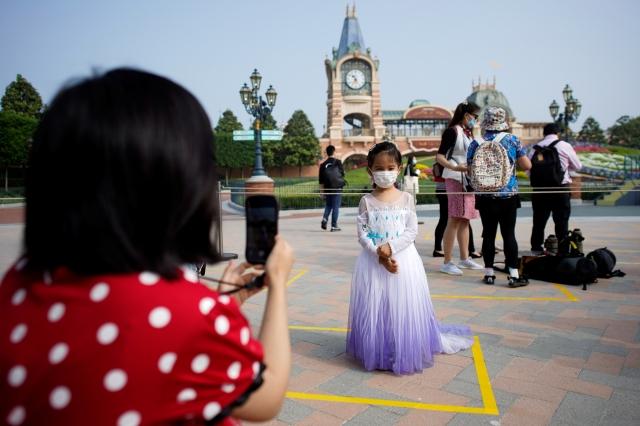 shanghai disneyland2